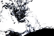 Inkoust ve vodě (infomf)