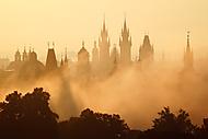 Věže v mlze (Abulafia3)