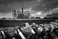 Love in Paris?! (Highradek)