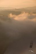 Mlha nad řekou (lorenzo pipe)