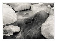 V ledovém sevření (cevarom)