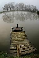 ráno u vody (jaro-mír)